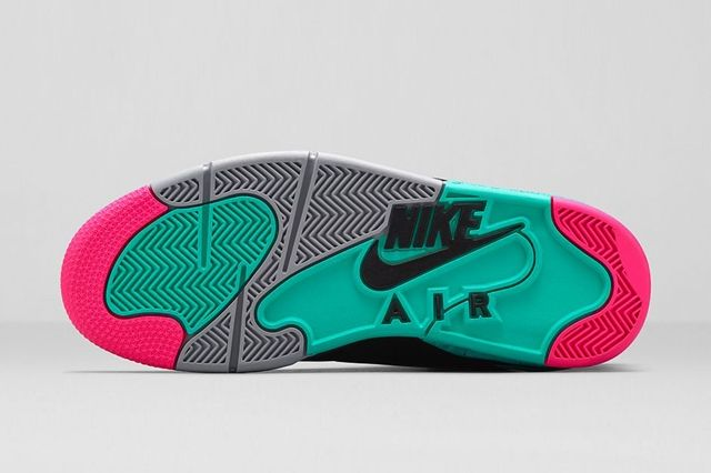 Nike Air Command Force Hyper Jade Bumperoo 4