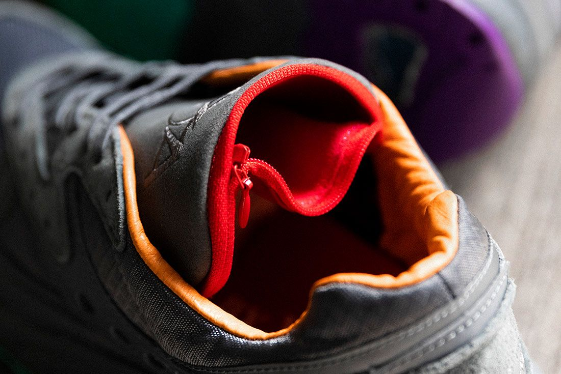 Raised By Wolves Saucony Aya Grey Tongue Pouch