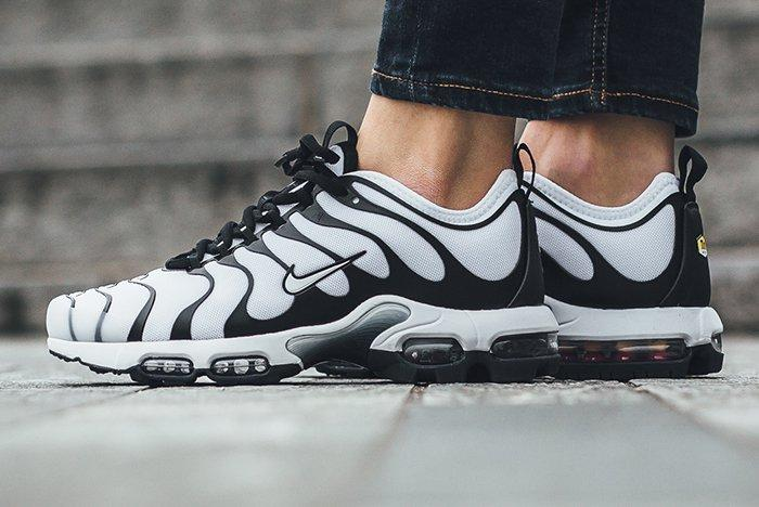Nike Air Max Plus Ultra Wmns 2