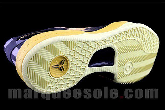 Nike Kobe Bryant Sneaker 1