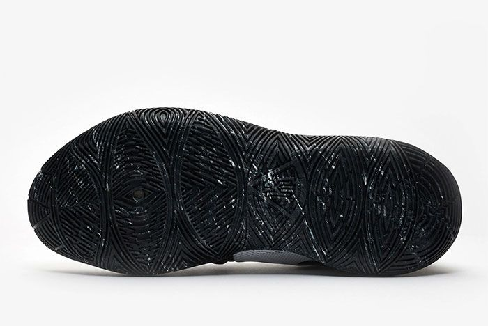 Nike Kyrie 5 Cookies And Cream Sole