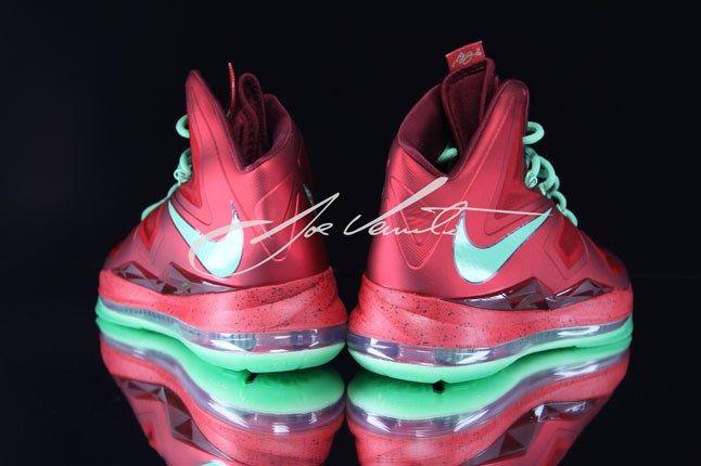 Nike Lebron Christmas Swoosh 2