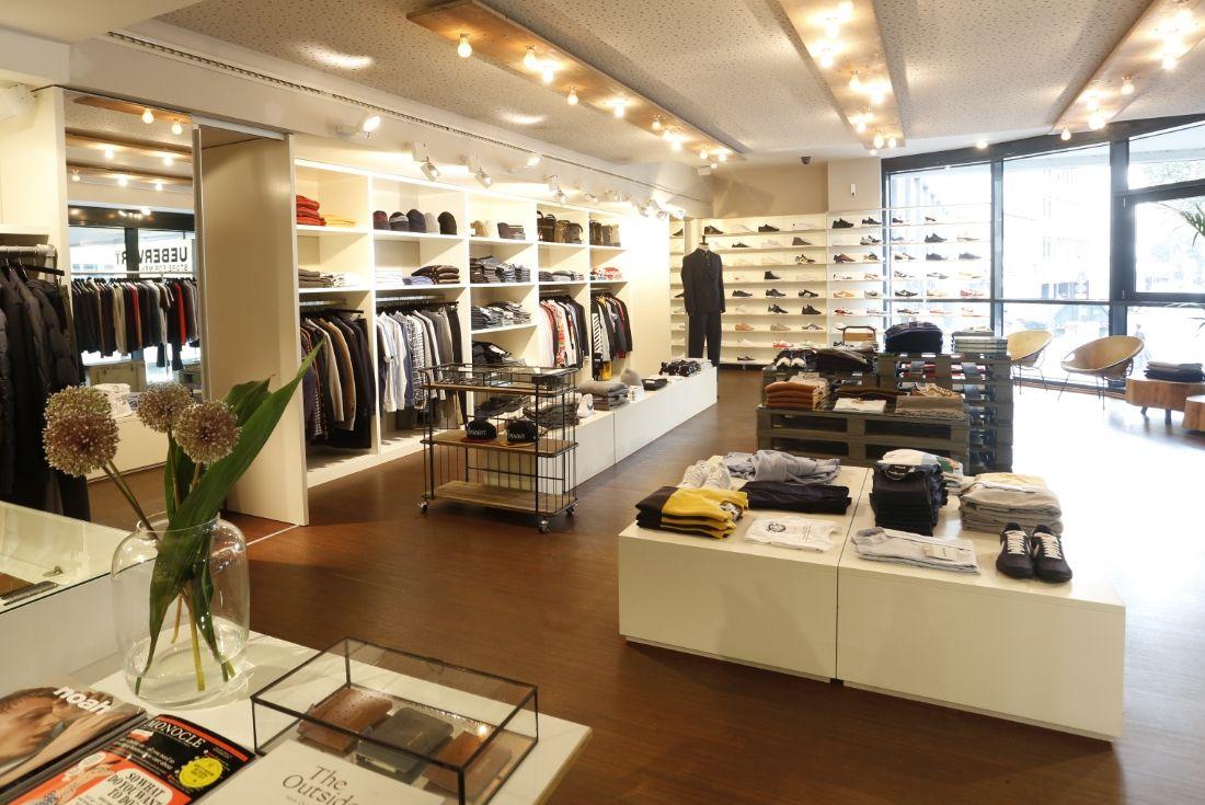 Uebervart Store