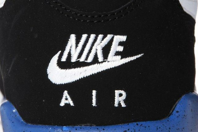 Nike Air Flight 89 Deep Royal Heel Detail
