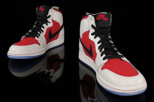 Air Jordan 1 Carmine Perspective