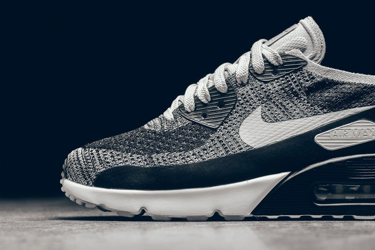 Nike Air Max 90 Ultra Flyknit Wolf Grey Pure Platinum 3