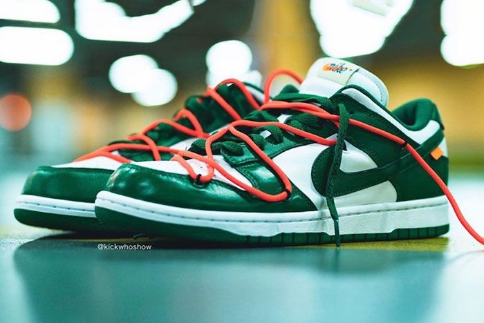 Off White Nike Dunk Low Pine Green Ct0856 100 On Foot Shot1