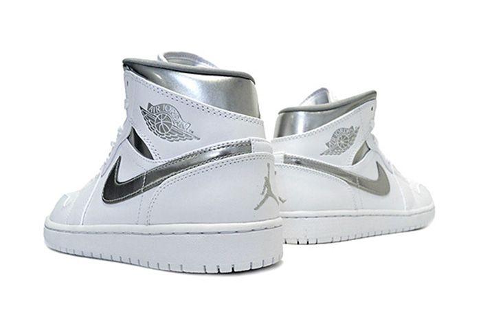 Air Jordan 1 Mid Pure Money2