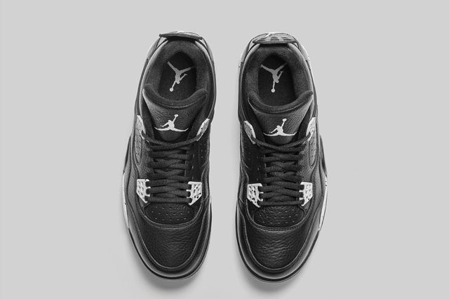 Air Jordan 4 Oreo 3