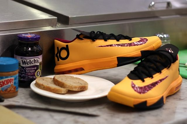Nike Kd6 Peanut Butter And Jelly Pair 1