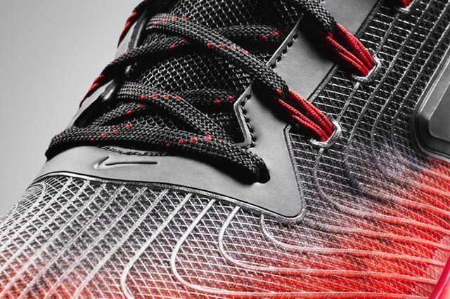 Nike Zoom Field General 12