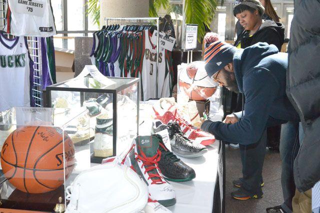 Bucks Sneaker Summit 39