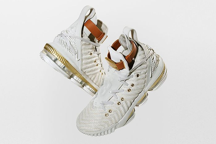 Nike Lebron 16 Harlems Fashion Row Colab 1