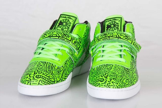Keith Haring Reebok Classic Workout Mid Strap Neon Green 4