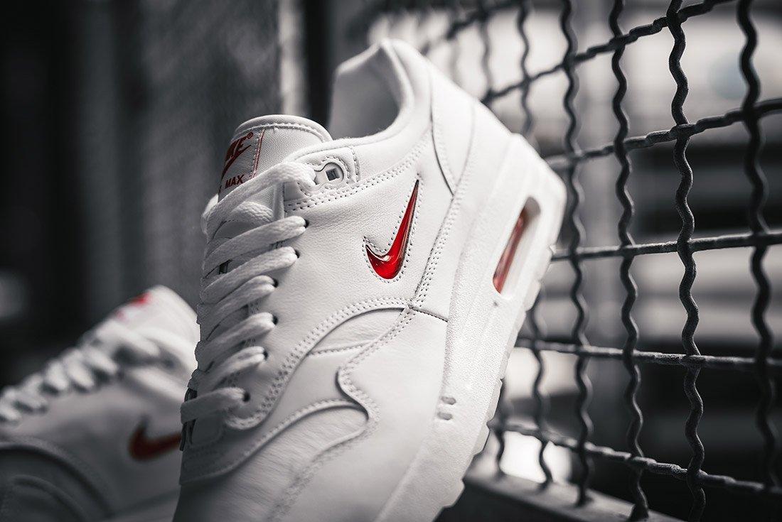 Nike Air Max 1 Jewel Red 8
