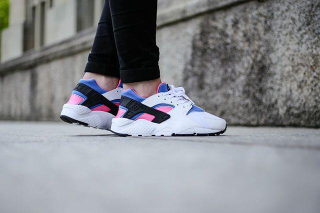 Nike Huarache Wmns White Black Pink Pow Soar 4