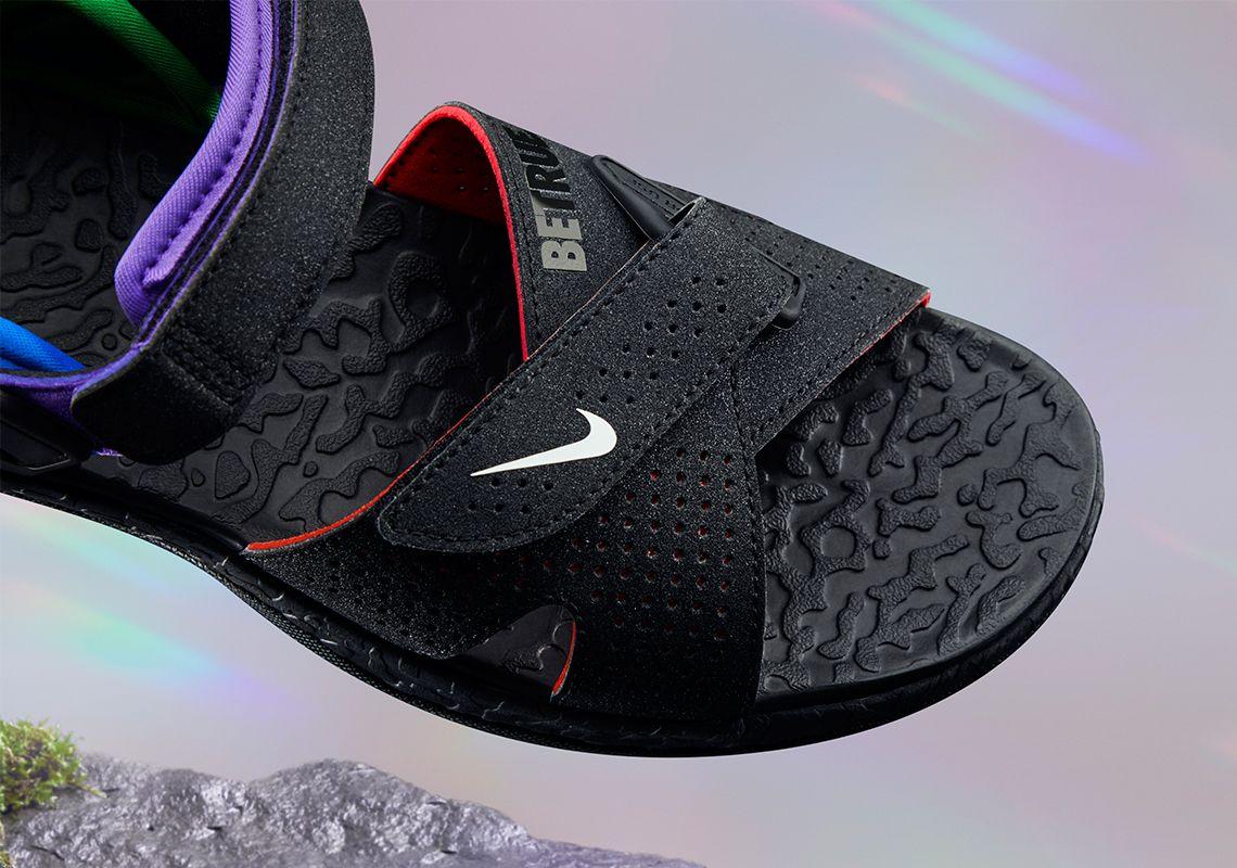 Nike BeTrue ACG Deschutz Toe Box