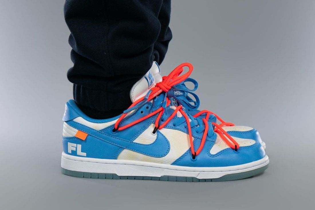 Off-White x Nike Dunk Low UNC