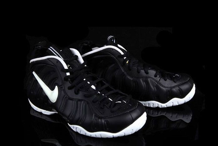 Nike Air Foamposite Pro Dr Doom Black White 2