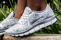 Nike Free 5 0 White Silver Thumb