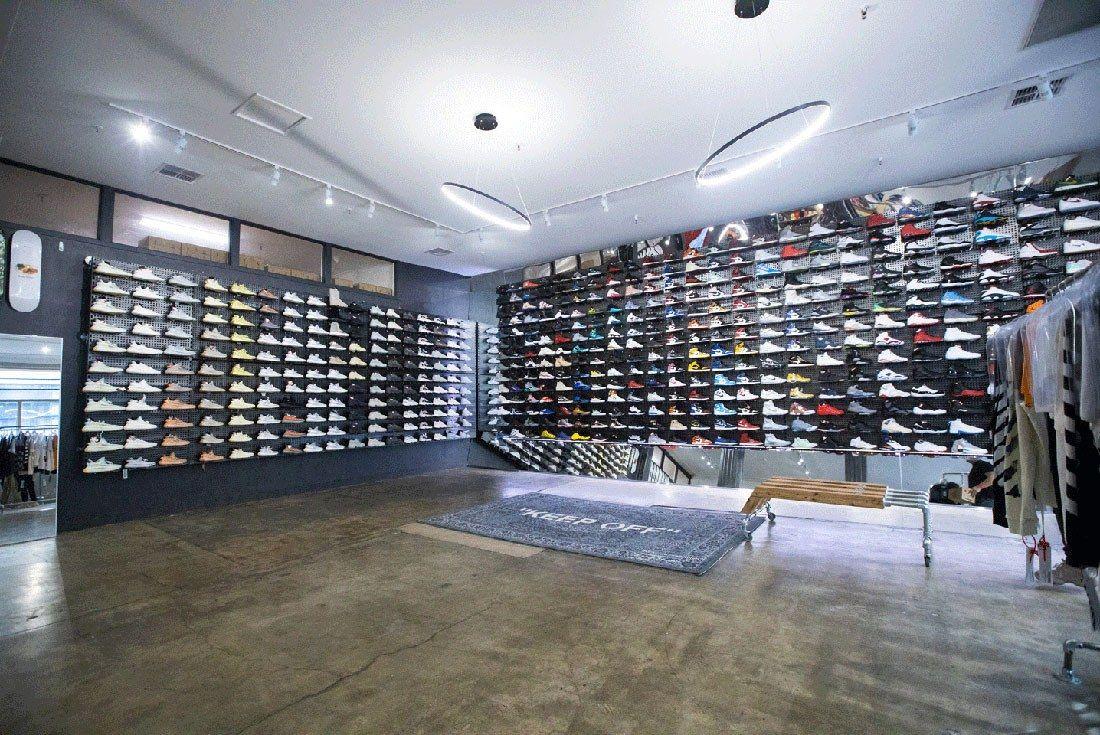 Kickstw Store Pics1