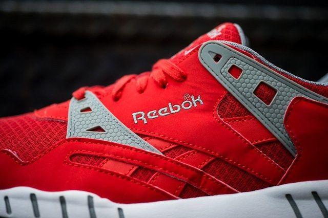 Reebok Sole Trainer China Red 3