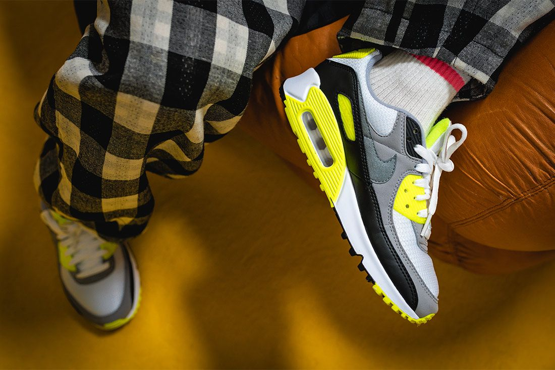 Nike Air Max 90 Volt Styling 6