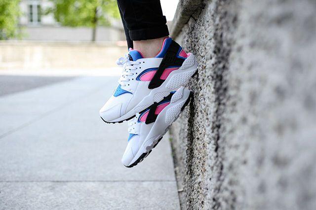 Nike Huarache Wmns White Black Pink Pow Soar