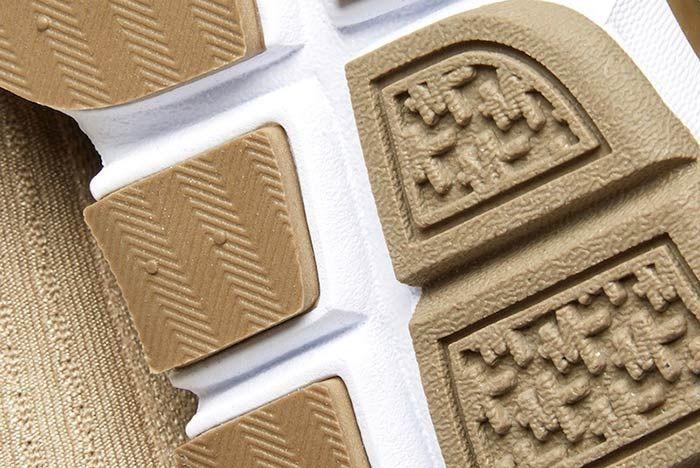 Nike Sock Dart Khaki 4