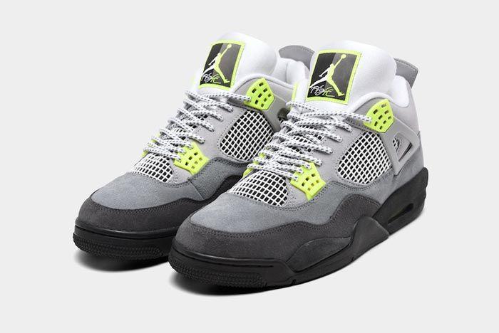 Air Jordan4 Neon Pair