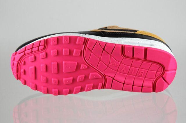 Nike Air Max 1 Golden Fleece 3