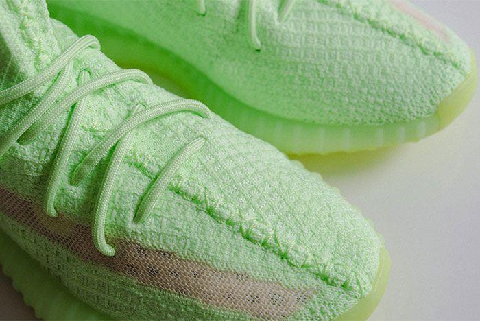 Adidas Yeezy Boost 350 V2 Glow In The Dark Toe 2