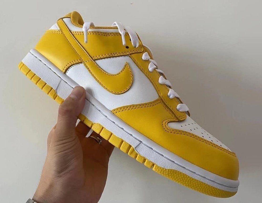 nike dunk low yellow white