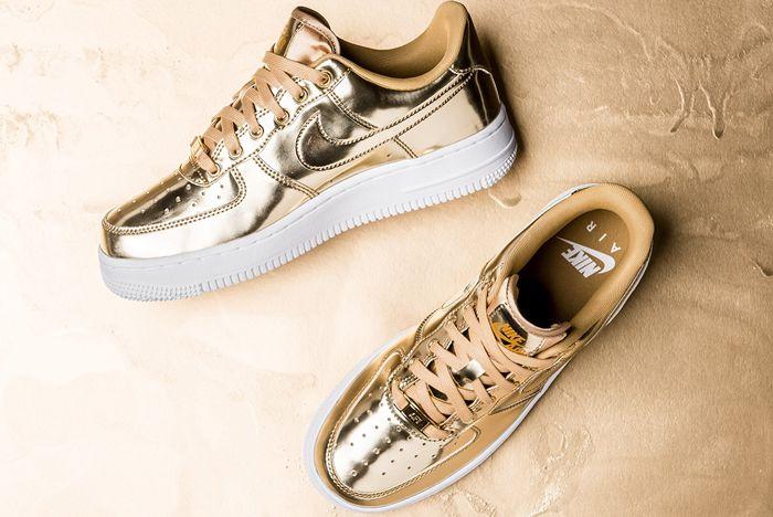 Nike Air Force 1 Liquid Metal Gold Top Full