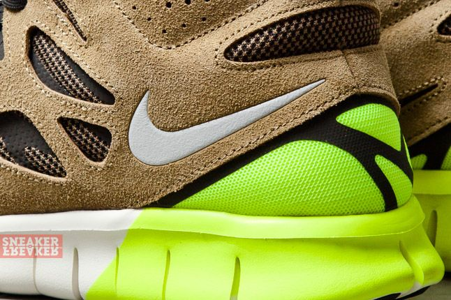 Nike Free Run V2 Mid Light Umber Volt 3 Det