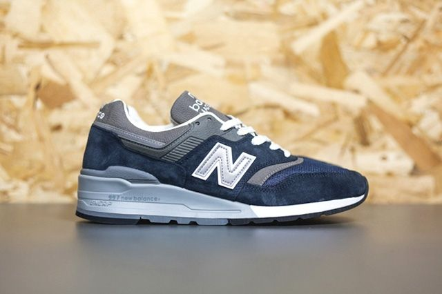 New Balance 997 Navy 5