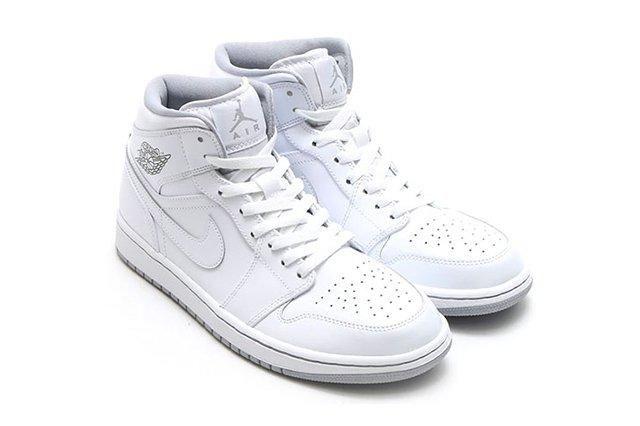 Air Jordan 1 Mid White Wolf Grey 2
