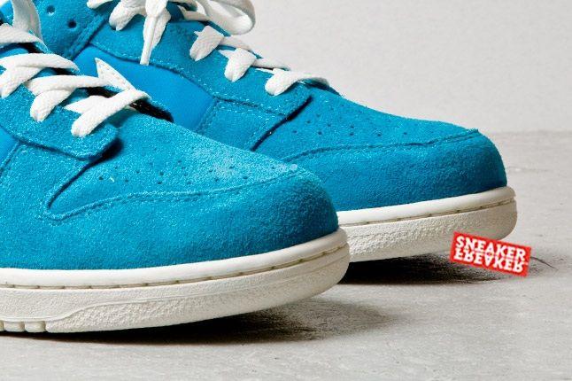 Nike Dunk Low Turquoise Toe Detail
