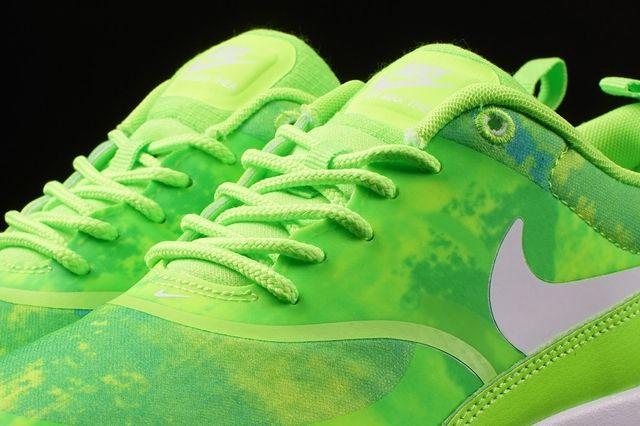 Nike Air Max Thea Print Flash Lime 1