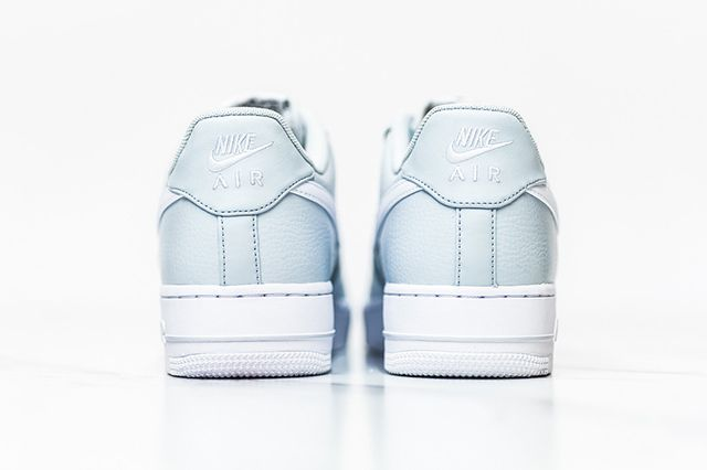 Nike Air Force 1 Low Pure Platinum 5