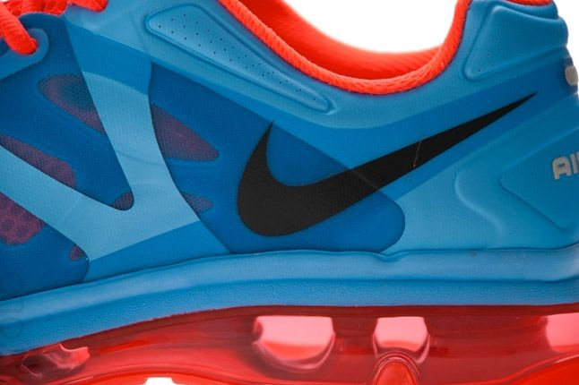 Nike Air Max 2012 University Blue Bright Crimson Swoosh 1