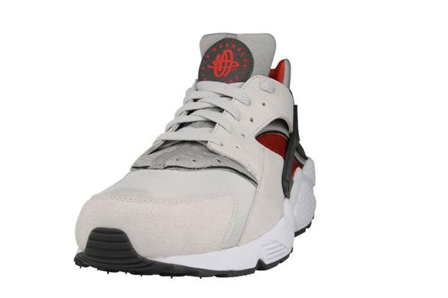Nike Air Huarache Grey Red Toe 1
