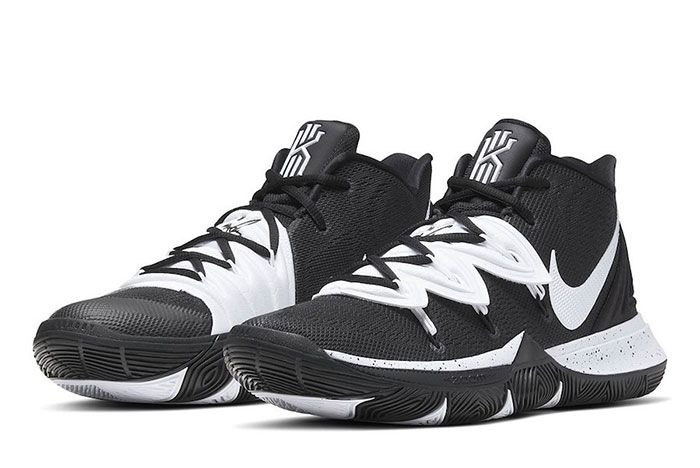 Nike Kyrie 5 Team Bank Black White Toe 2