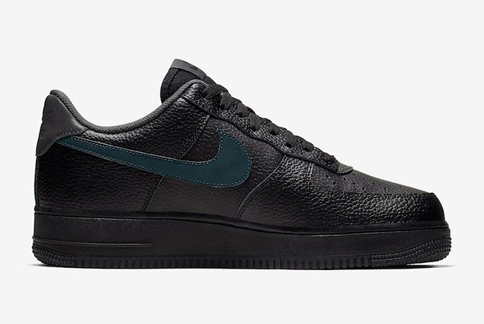 Nike Air Force 1 Low Black Anthracite Right
