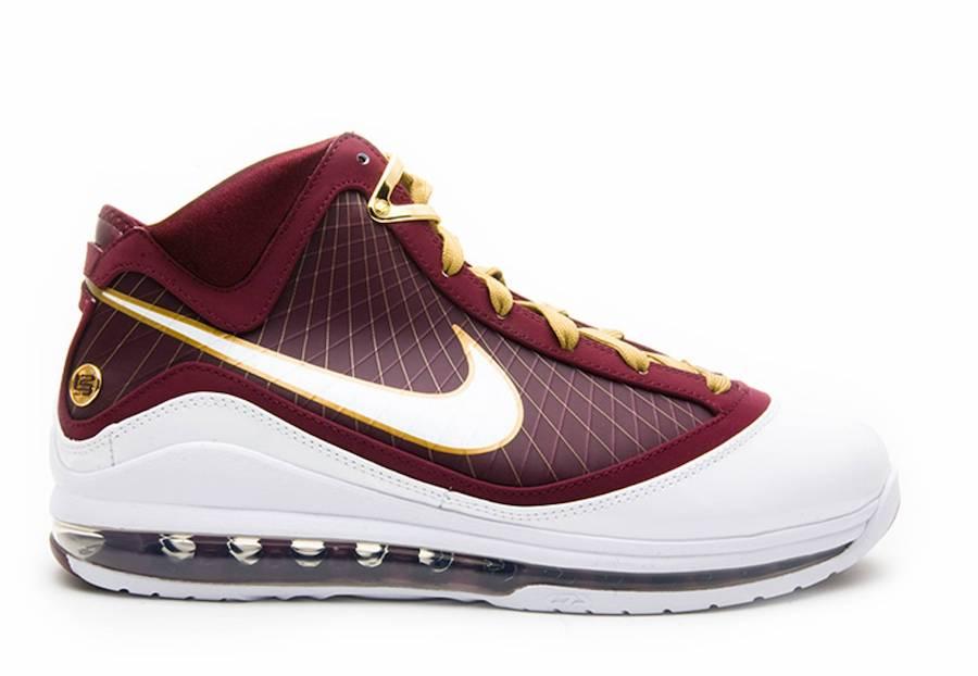 Nike LeBron 7 Christ the King