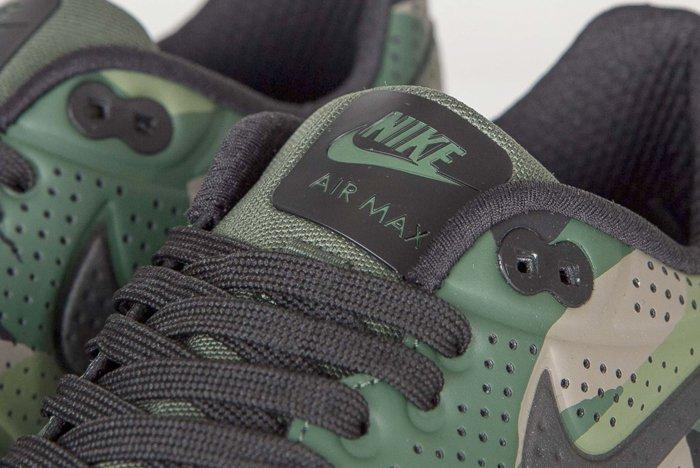 Nike Am1 Ultra Moire Carbon Green Camo Sns Bump 2