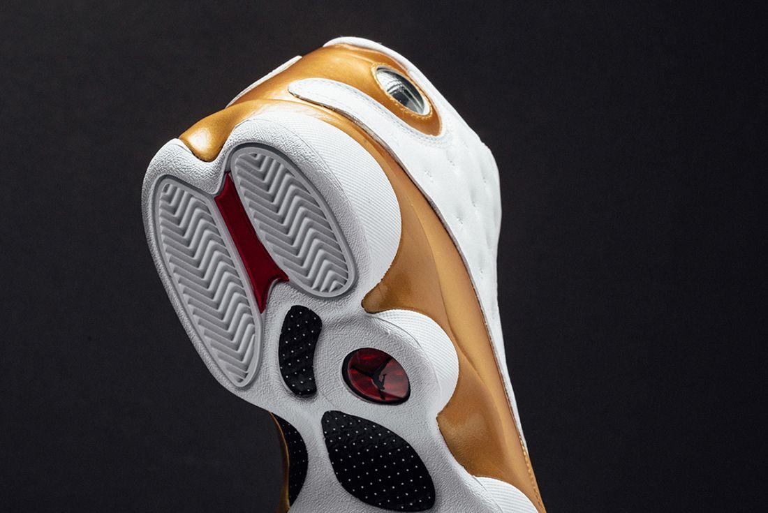 Air Jordan Defining Moments 5