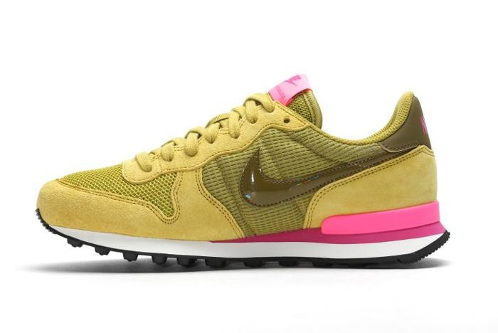 Nike Internationalist Wmns Peat Moss