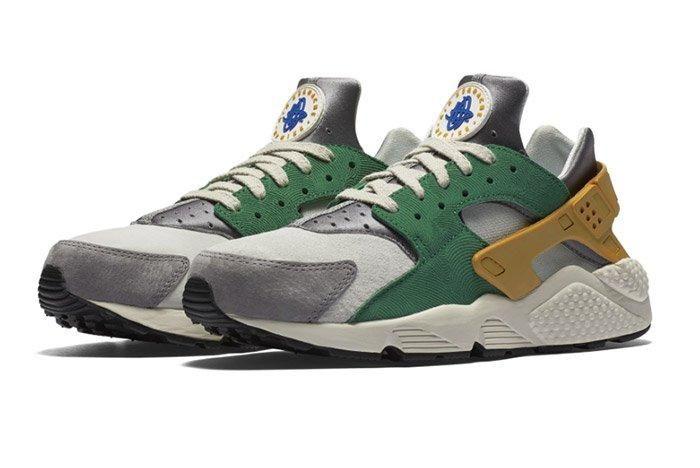 Nike Air Huarache Pine Green Gold Leaf 1