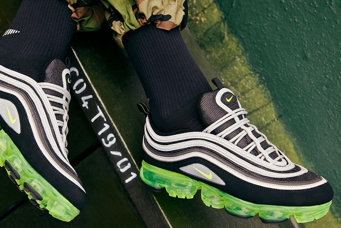 Nike Air Vapormax 97 Neon Release 4